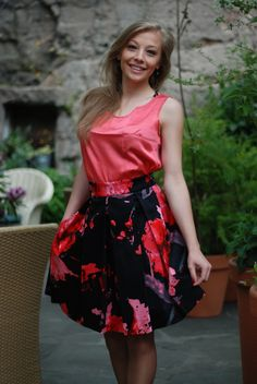 The Alita Rojo of LA BELLEZA skirt. [ ZebrasBOX ]