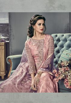 Buy a stylish variety salwar kameez. Buy this demure embroidered and resham work floor length anarkali suit for reception and wedding. Anarkali Tops, Silk Anarkali Suits, Floor Length Anarkali, Eid Dresses, Designer Anarkali, Embroidered Silk, Salwar Kameez, Indian Beauty, Party Wear