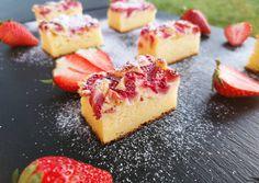 Túrós joghurtos kevert süti eperrel recept foto Hungarian Recipes, Cheesecake, Food And Drink, Sweets, Cookies, Food Ideas, Foods, Sweet Pastries, Biscuits