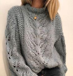Knitting Kits, Sweater Knitting Patterns, Knitting Designs, Knit Patterns, Hand Knitting, Free Knitting Patterns For Women, Moda Crochet, Knit Crochet, Knit Fashion