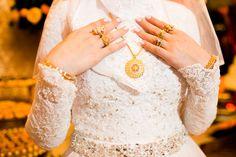 acessório; acessórios; casamento; casamento arabe; noiva árabe; presente; ouro; anéis; anel; colar; colares; aliança; alianças; pulseira; pulseiras