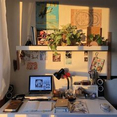 Cute Room Ideas, Cute Room Decor, Room Design Bedroom, Room Ideas Bedroom, Bed Room, Bedroom Inspo, Study Room Decor, Indie Room, Pretty Room