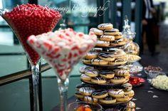 Wedding Food Ideas to Help You Keep Your Wedding on Budget Donut Decorations, Wedding Decorations, Magical Wedding, Dream Wedding, Wedding Hair, Wedding Stuff, Budget Wedding Meals, Wedding Desserts, Wedding Cakes