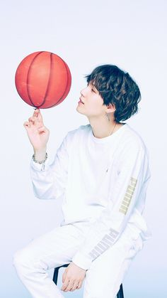 min yoongi / suga from bts images Bts Suga, Min Yoongi Bts, Bts Taehyung, Bts Bangtan Boy, Daegu, Foto Bts, Basketball Wallpaper, Kpop, Bts Boyfriend