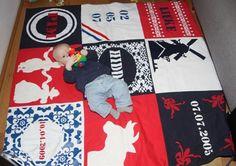 Pim op zijn geboortekleed in Hollandse stijl