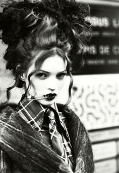maryjopeace:  ELLEN VON UNWERTH |   KATE MOSS |VIVIENNE WESTWOOD | 1992