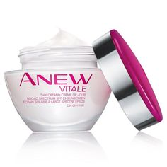 Introducing Anew Vitale, powered by VitaToneComplex. Revive tired-looking skin after just one use. Now you can visibly reduce dullness, improve clarity and restore the well-rested look of a full-night's sleep. Suitable for all skin tones. 1.7 oz. net wt.