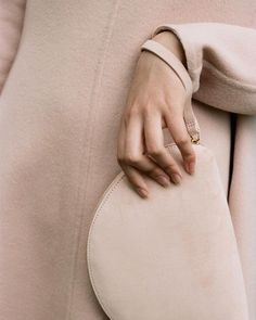 Simple Lines, Minimalist Fashion, Color Pop, Women Wear, Beige, Photo And Video, Instagram Posts, Fashion Design