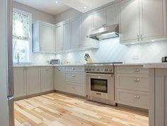 Stylish Gray Farmhouse Kitchen Cabinet Make up Ideas - Home Decor Kitchen Cabinet Design, Kitchen Cabinets, Kitchen Colors, Custom Kitchens Design, Kitchen, Farmhouse Kitchen Cabinets, Kitchen Cabinet Colors, Kitchen Cupboards Paint, Shabby Chic Kitchen