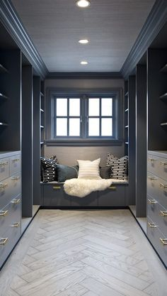gealcais closet with seating, herringbone wood floor, by Formwerks Architecture Living Room Wood Floor, Living Room Flooring, Bedroom Flooring, Bedroom Floor Tiles, Herringbone Tile Floors, White Marble Flooring, Wood Floor Tiles, Floor Design, House Design