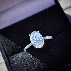 Stunning oval cut diamond engagement ring from Ice Rock Diamond Los Angeles Jeweler