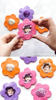 Mothers day crafts for kids - Salt Dough Flower Magnets – Mothers day crafts for kids Diy Gifts For Mom, Mothers Day Crafts For Kids, Diy Mothers Day Gifts, Easy Diy Gifts, Fathers Day Crafts, Easter Crafts For Kids, Toddler Crafts, Homemade Gifts, Diy For Kids