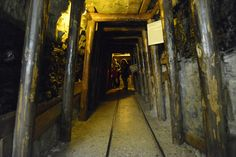 http://www.deutsches-museum.de/fileadmin/Content/010_DM/020_Ausstellungen/040_WerkstoffeProduktion/040_Bergbau/010_Ausstellung/Bildergalerie...