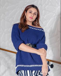 Funny Quotes In Hindi, Parineeti Chopra, Alia Bhatt, Bollywood Actors, Beautiful Actresses, Indian Beauty, Beautiful Pictures, Bell Sleeve Top, Cold Shoulder Dress