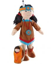 indian bed doll HABA American Indian Soft Doll Sihu with Baby in Papoose. American Indian Doll Sihu is the perfect addition to the HABA family of dolls! She comes with a lovely dres Hanging Tent, Indian Horses, Indian Theme, Indian Dolls, Indian Crafts, Feathered Hairstyles, Soft Dolls, Christmas Elf, Doll Accessories
