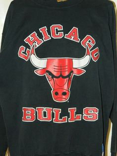 Vintage Retro Old School 1990s Chicago Bulls Basketball Black Red Sweatshirt Nutmeg Mills Large Mens Michael Jordan Fan Sports NBA Shirt Illinois #Nutmeg #ChicagoBulls