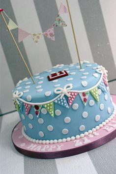 New birthday cake girls for women style 65 ideas Birthday Cake For Mum, 90th Birthday Cakes, 50th Cake, 21st Cake, Birthday Cakes For Women, 21 Birthday, Cath Kidston Cake, Novelty Cakes, Occasion Cakes