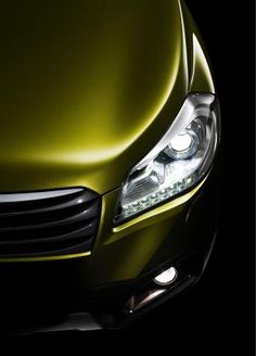 ♂ Green car 2013 Suzuki S-Cross teaser
