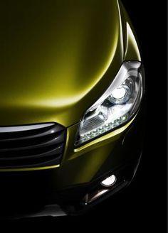 ♂ Green car 2013 Suzuki S-Cross teaser