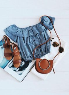 Would love this outfit walking on the beach. Love how the blue and browns go perfect together with white pants