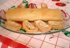 Sajtos sajttekercs Gabystól Hot Dog Buns, Hot Dogs, Bread, Ethnic Recipes, Food, Meal, Essen, Hoods, Breads