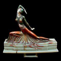 Clara Art Deco Cold-Painted Bronze and Ivory Sculpture By Demetre Chiparus, France Estilo Art Deco, Goldscheider, Art Nouveau, Art Deco Period, Art Deco Era, Statues, Beaux Arts Paris, Art Deco Artists, Inspiration Art