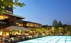 Come visit us with your friends and family !  #grandhyattseoul #friendsandfamily #poolsidebbq