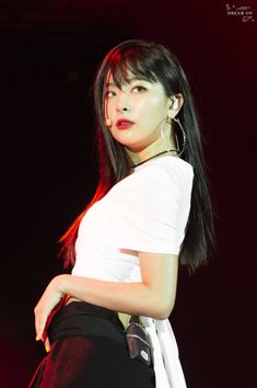 Check out Black Velvet @ Iomoio Wendy Red Velvet, Black Velvet, Kpop Girl Groups, Kpop Girls, Irene, Loona Kim Lip, Red Velvet Seulgi, Famous Girls, Red Aesthetic