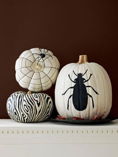 How to make buggy, spiderweb, and faux bois Halloween pumpkins.