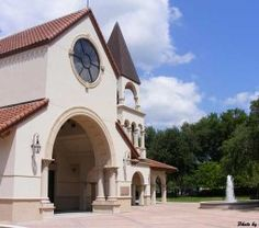 Annunciation Catholic Church, Altamonte Springs, Florida Altamonte Springs, Place Of Worship, Photo Sessions, Orlando, Catholic, Florida, Mansions, House Styles, Places