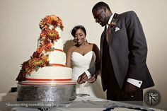 Beautiful fall themed wedding cake. Orange and white wedding cake. | Kansas City Wedding Cakes |