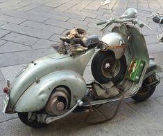 Vespa Lambretta, Vespa Scooters, Italian Beauty, Shots, Bike, Classic, Vespas, Cars, Bicycle Kick