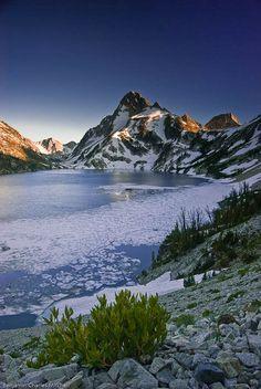 ✯ Sawtooth Lake & Mt. Reagan - Sawtooth National Recreation Area Wilderness - ID