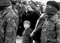 Bobby Sands funeral Old Irish, Irish Celtic, Bobby Sands, Northern Ireland Troubles, Irish Republican Army, Erin Go Bragh, Irish Roots, Story Of The World, The Republic