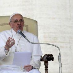 """Artículo: """"El Papa Francisco aboga por la tolerancia"""". Fuente: http://www.telesurtv.net/news/El-Papa-Francisco-aboga-por-la-tolerancia--20141103-0032.html"""