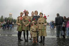 A diferencia de los demás países europeos, en Rusia el final de la guerra contra la Alemania nazi no se celebra el 8, sino el 9 de mayo. Rusia Hoy os desea un feliz Día de la Victoria y os ofrece una selección de los mejores eventos de la capital rusa para celebrar esta fiesta.