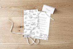 menu de mariage toile de jouy par Tomoë pour www.rosemood.fr #mariage #menu #wedding