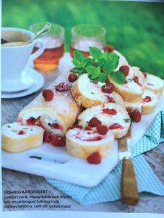 Rulltårta med hallon, mynta & lemoncurd