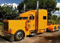 For sale for more inf you can call 7862952782 Trucks Only, Big Rig Trucks, Pickup Trucks, Lifted Trucks, Peterbilt 379, Peterbilt Trucks, Custom Big Rigs, Custom Trucks, Cab Over