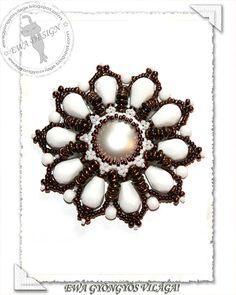 Carlen  beaded pendant PDF pattern by Ewagyongyosvilaga on Etsy, Ft1450.00