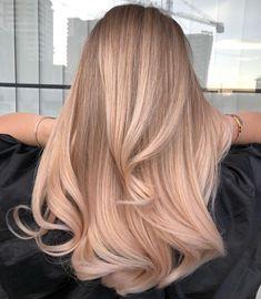 Blonde Hair Looks, Brown Blonde Hair, Beige Hair, Blonde Honey, Beautiful Blonde Hair, Grey Blonde, Honey Hair, Balayage Long Hair, Ombre Hair