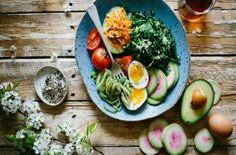 Η δίαιτα των 7 ημερών που θα σας κάνει... άλλο άνθρωπο - Ομορφιά & Υγεία - Athens magazine Eat For Energy, Protein Rich Foods, Diet Reviews, Ketogenic Diet For Beginners, Gordon Ramsay, Whole Foods Market, Low Calorie Recipes, Plant Based Diet, Balanced Diet