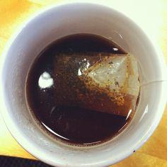 Un té rojo con anís y ciruela después de comer.