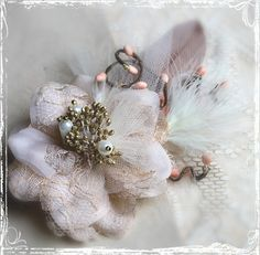 Latte And Blush Pink Romantic Flower Hair Clip - Bridal Wedding Weddings Bride - Champagne Cream Gold Peach - Vintage Style - Winter. $32.00, via Etsy.