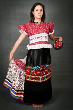 Hello all, Today I will return to Hungary, to talk about one of the most famous costume and embroidery traditions in that country, t. Folk Costume, Costumes, Traditional Hairstyle, Embroidery Tattoo, Festival Shirts, Hungarian Embroidery, Folk Clothing, Kids Apron, Folk Fashion