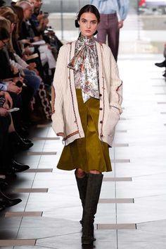 Tory Burch Fall 2017 Ready-to-Wear Fashion Show - Blanca Padilla