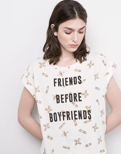 ALL OVER TEXT T-SHIRT - FAVOURITES - WOMAN - PULL&BEAR Belgium