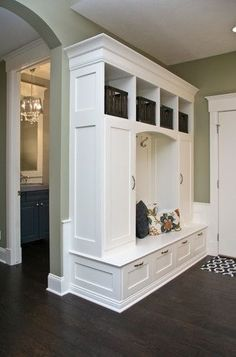 Love the drawers on the bottom with cubbies on the top