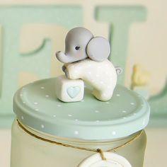 Buenas noches amores... Recordar el sorteo para ganar este tarrito de elefantito de color mint y otros estupendos regalos... Una sola ganadora!!! Mira la foto anterior #patricialarrosa #decoracioninfantil #babyroom #clay #kidsdecor #glassjar #sorteorrmm2017 #twitter