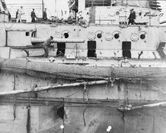 GERMAN FIRST WORLD WAR NAVAL OFFICIAL COLLECTION (Q 20682)   German Battle Cruiser SEYDLITZ showing damage to deck caused by shell fire. Hit 17* 14th June 1916. Wilhelmshaven.WW I